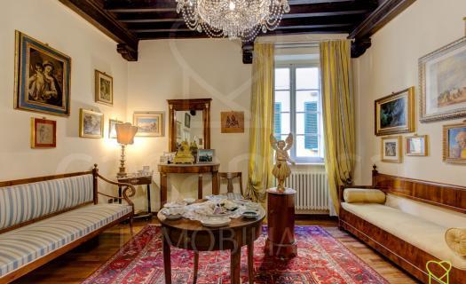 3622, Lucca, prestigioso appartamento